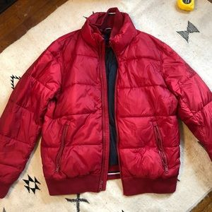 BRAND NEW Tommy Hilfiger puffer jacket